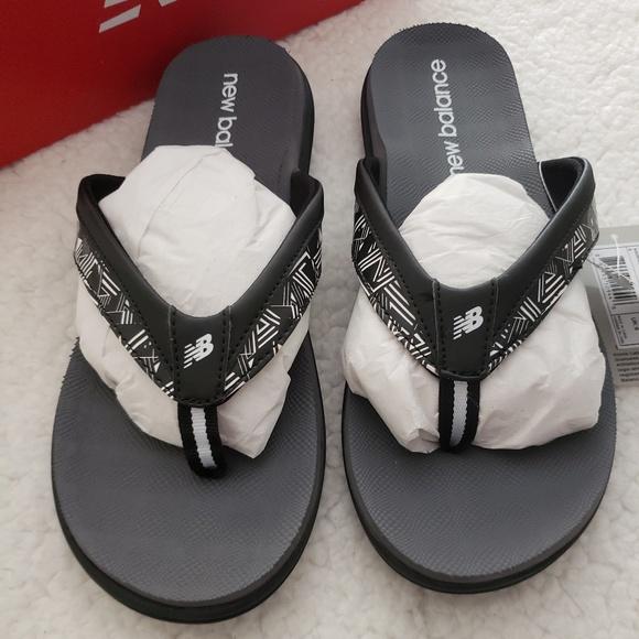 c8bd457d742 New Balance women s JoJo thong sandal